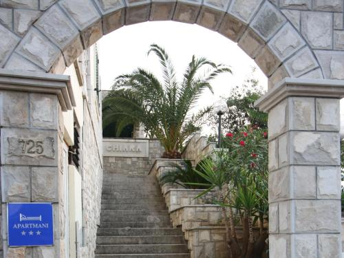 Pansion and Apartments Chiara