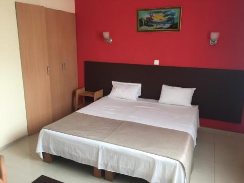 White Palace Hotel, Antananarivo