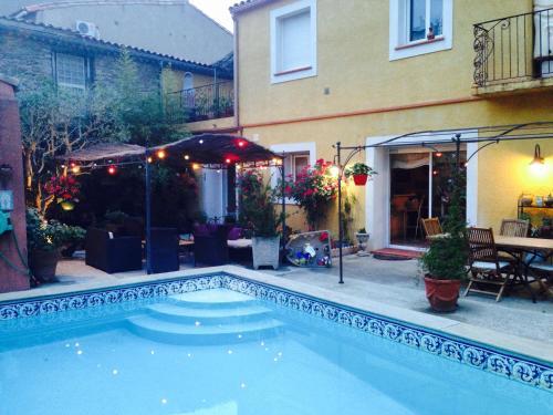 Chez Martine - Côté Piscine