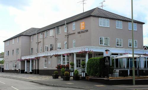 Falcon Hotel