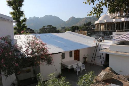 Mount Abu Luxury Apartment