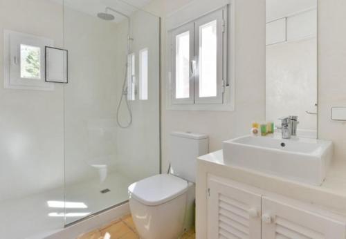 Отель Three-Bedroom Holiday home in Sant Antoni de Portmany / San Antonio 0 звёзд Испания