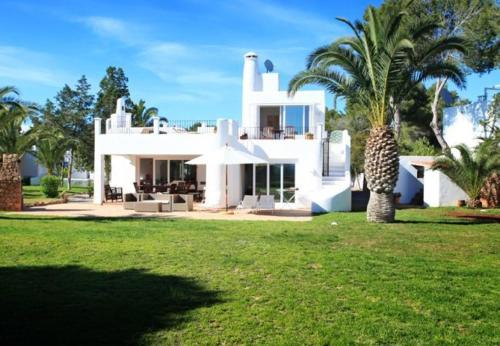 Отель Five-Bedroom Holiday Home in Santa Eulalia del Río with Terrace 0 звёзд Испания