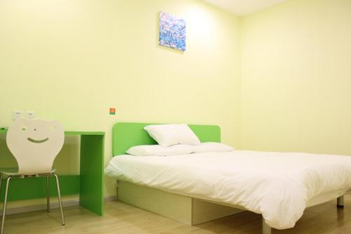 Special Offer Double Room No Window