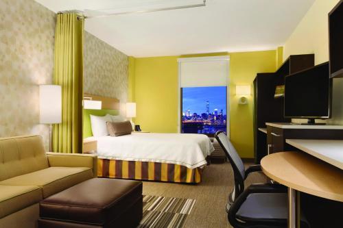 Home2 Suites Long Island City/manhattan View