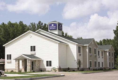 Cobblestone Inn and Suites - Brillion