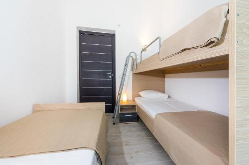 Apartments Dražnik
