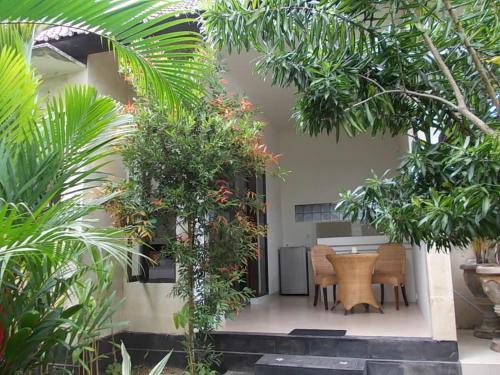 Sari Bunga Guest House