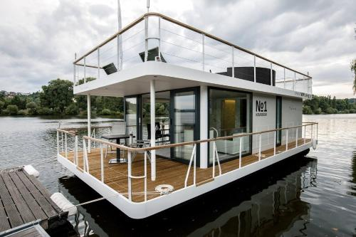 Meer over VIPliving Houseboat