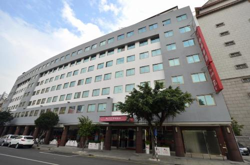 C U Hotel Taichung front view