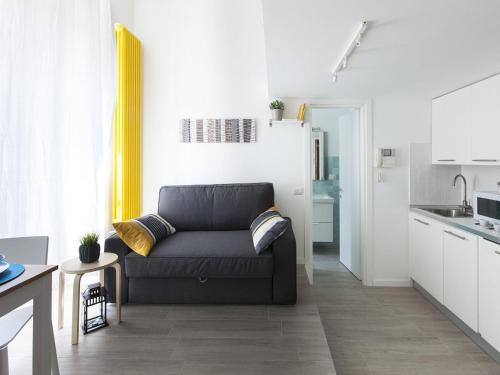 Отель Caiazzo Milano Apartment 0 звёзд Италия