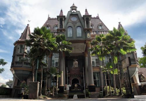 Отель Gajahmada Graha Hotel 3 звезды Индонезия