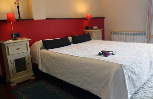Habitación Triple con vistas Hotel Puerta Del Oriente 9