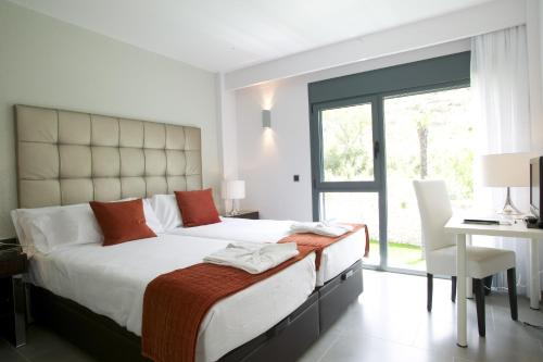 Double or Twin Room with Garden View and Spa Access - single occupancy Hotel Spa Niwa 4