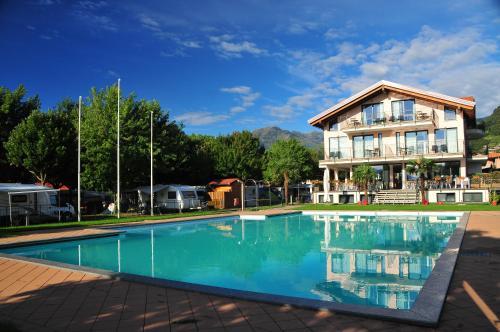 foto Hotel Resort Le Vele (Gravedona)