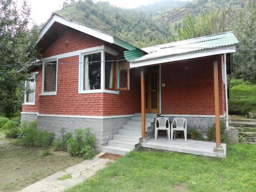 Отель Manali Treehouse Cottages 0 звёзд Индия
