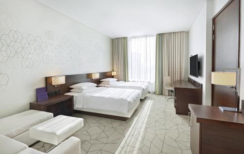 Hyatt Place Dubai Baniyas Square photo 5