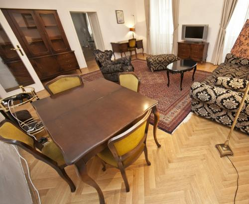 Apartamento Familiar (2 adultos + 4 niños) (Family Apartment (2 Adults + 4 Children))