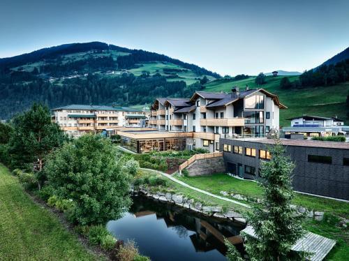 Dolomiten Residenz - Sporthotel Sillian - Studio mit Balkon