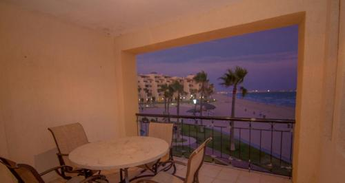 Two-Bedroom Apartment at Puerto Penasco A 201