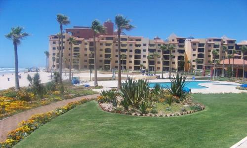 Two-Bedroom Apartment at Puerto Penasco E 109