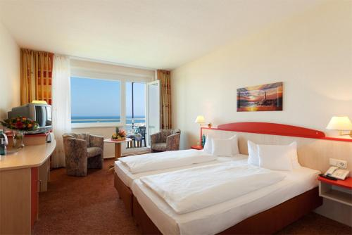 Double Room with Side Sea View (1 Adult)