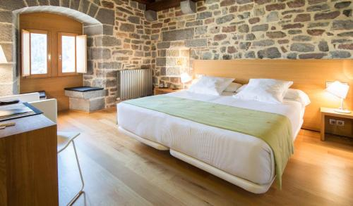 Doppelzimmer - Einzelnutzung Hotel Rural Torre De Uriz 6