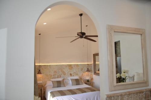 Superior Double Room with Terrace Hotel Galena Mas Comangau 2