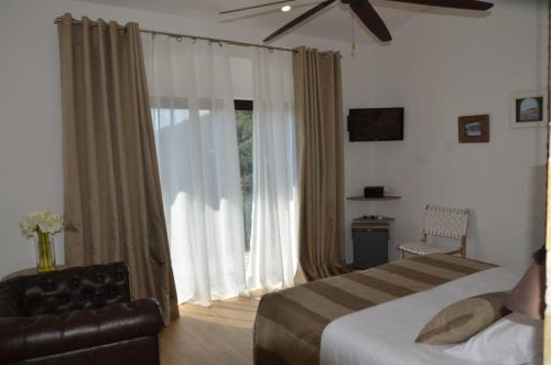 Habitación Doble Superior con terraza Hotel Galena Mas Comangau 23
