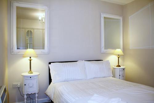 The Medbourne Apartment