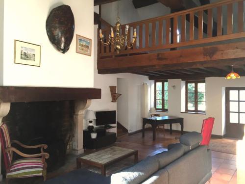 Ropiteau House