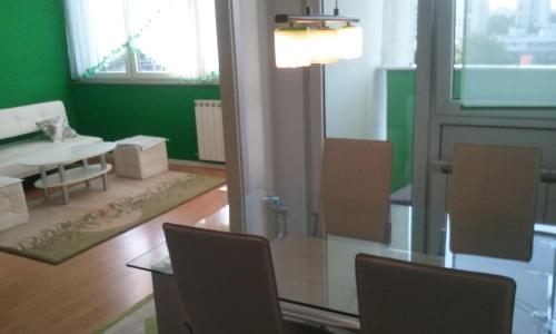Apartment Green