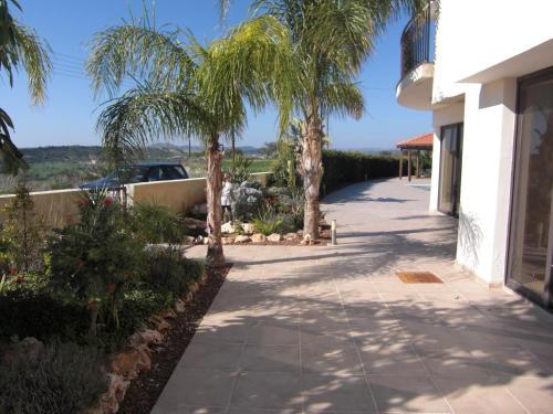 Mazotos Hills Villa