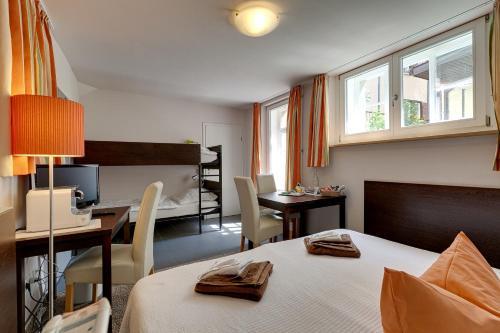 hotel kleine radlerherberge in m ckm hl deutschland hotels und ferienwohnungen online buchen. Black Bedroom Furniture Sets. Home Design Ideas
