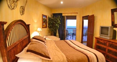 Two-Bedroom Apartment at Puerto Penasco SE 608