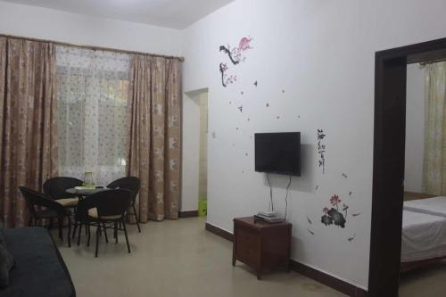 Mainland Chinese Citizens - Family Room (2 Adults + 1 Child)