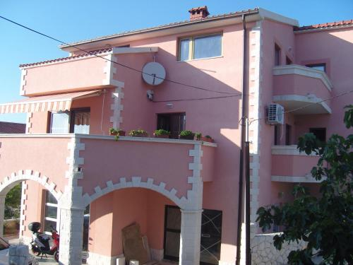 Повече за Apartments & Rooms Krecak Sibenik