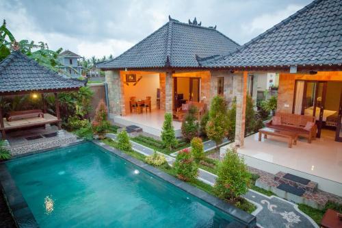 Y Villa front view