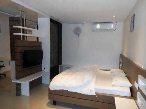 Vista Rooms At Dabholkar Corner
