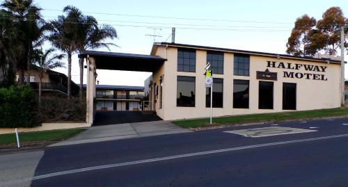 Halfway Motel
