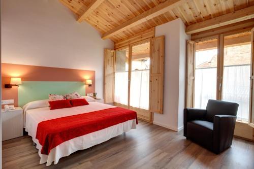 Habitación Doble Deluxe con bañera - No reembolsable Hotel La Freixera 1