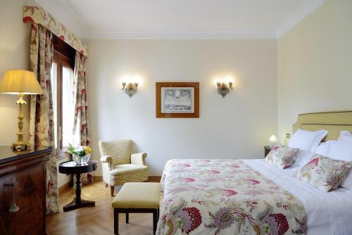 Habitación Doble clásica con acceso al spa   Hostal de la Gavina GL 4