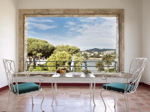 Suite Deluxe con acceso al spa y vistas al mar Hostal de la Gavina GL 5