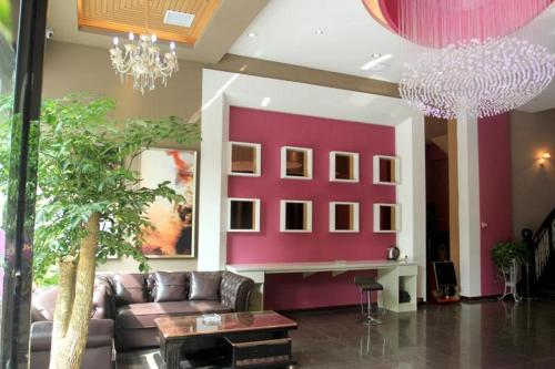 G Chu Hotel Jingzhou South Jianghan Road Branch front view