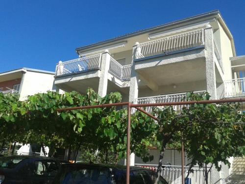 Apartments Mikic