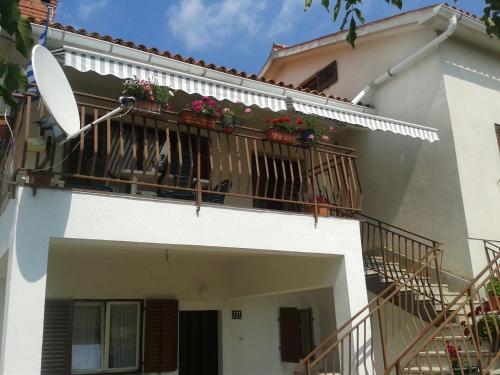 Apartment Nedešcina 131