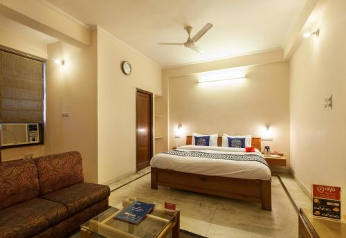 Picture of OYO Rooms Shanti Path Jawahar Nagar