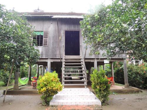 Отель Vorn Sokvanney Homestay at Trong Island 0 звёзд Камбоджа
