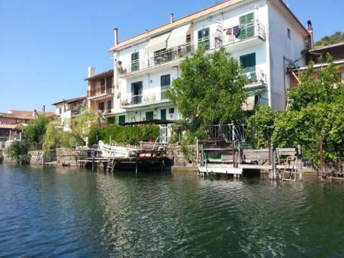 foto Waterfront Casa Vacanze (Vicarello (Bracciano))