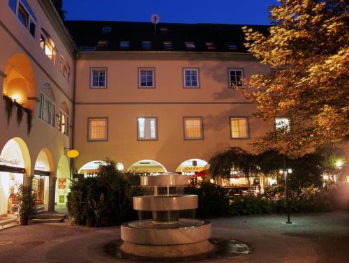 Hotel Goldener Brunnen, 9020 Klagenfurt